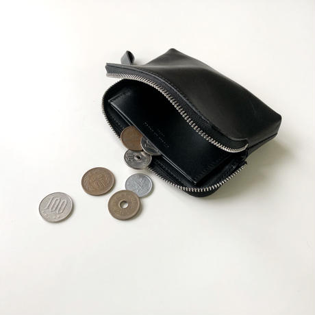 WA 075 M TR,BLK  <内縫いラウンドファスナー財布M>
