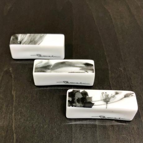 hakuji/箸置きキャラメル型_野蒜/porcelain chopstick rest-Wild rocambole