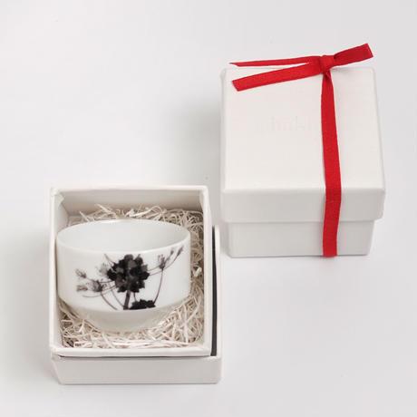 hakuji 白磁 酒杯 -野蒜|White Porcelain Sake Cup -Nobiru/Wild rocambole