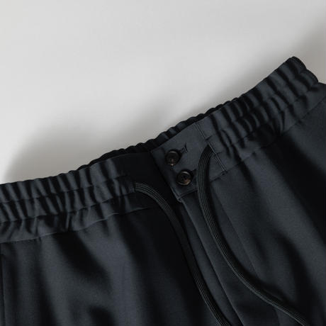【BLACK】HEAVY WOOL GABARDINE WIDE EASY TROUSERS .004