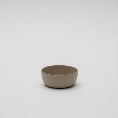 2016 Kirstie van Noort: Bowl 120 / Gray Clay