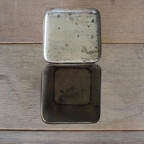 オランダの菓子缶