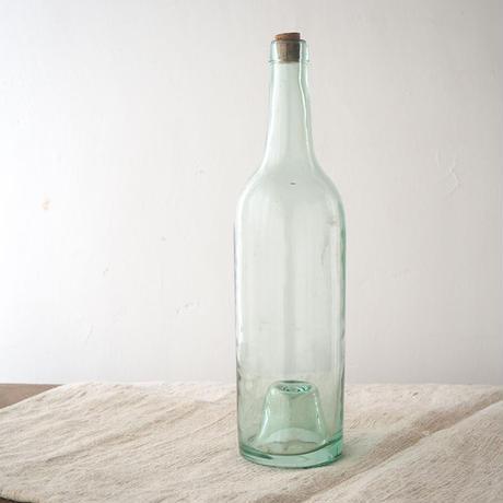 フランス製のワインボトル