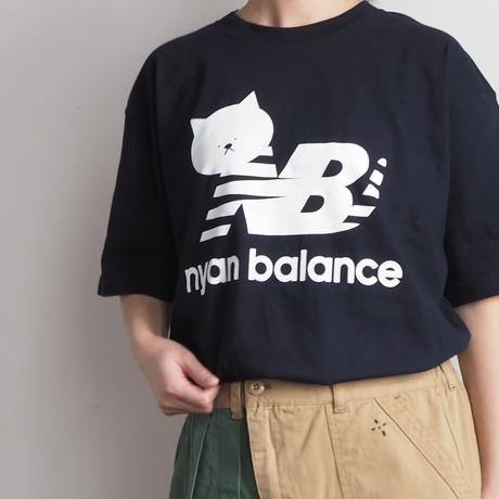 ニャンバランスTシャツ(41229563)