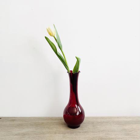 ルビーの花瓶