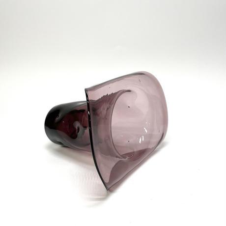 パープルの花瓶