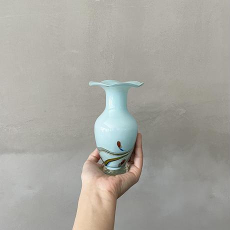 水彩画の小花瓶