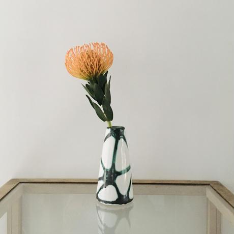 三角柄の花器