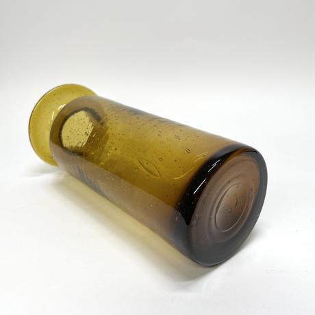 褐色の気泡花瓶