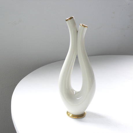 two way ceramic vase