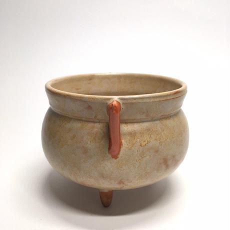 耳の生えた壺