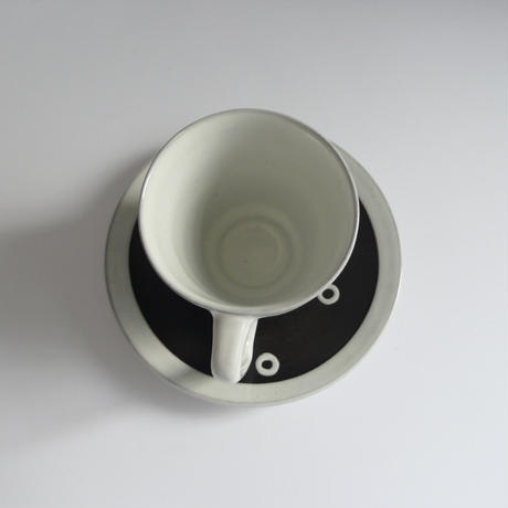 Dots cup and saucer