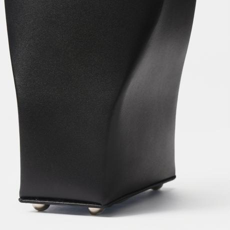 -FOLD- curve black