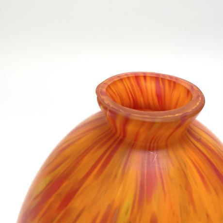 油絵のような花瓶