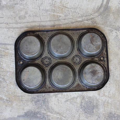 EKCO Baking Tin 6Hole