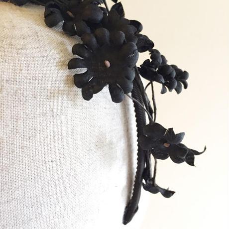 フラワーカチューシャ(Black)