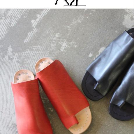 Portaille ポルタユ トングサンダル ♯オイルバケッタ・レッド 【送料無料】