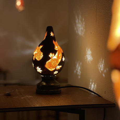 和のほの灯り 秋の庭