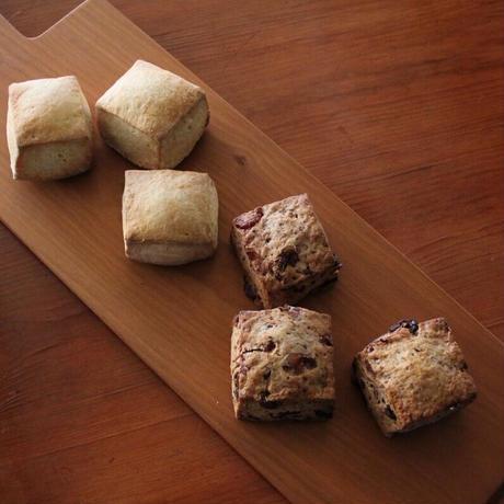 プレーンスコーン、クランベリーとチョコレートのスコーン各3個のセット