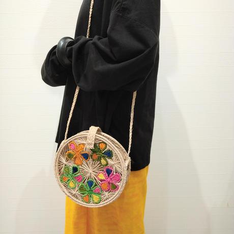 刺繍カゴバッグ