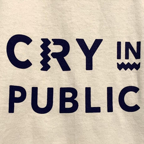 CRY IN PUBLIC の Tシャツ