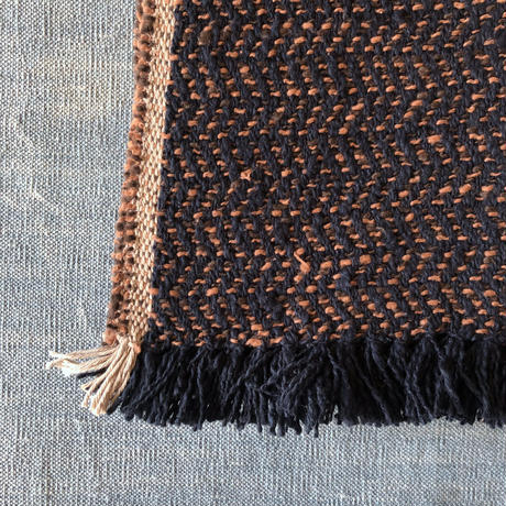 Gara-bou Medium Stole Kabe 50×190cm (Herringbone - Navy orange)