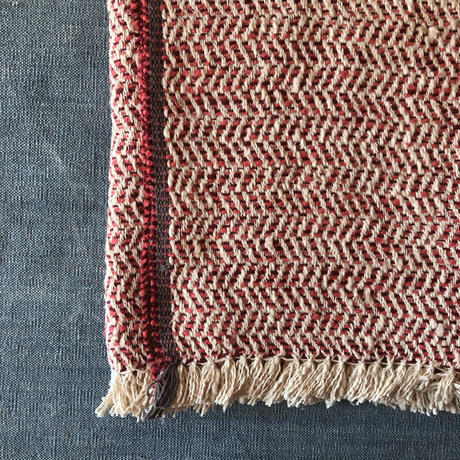 Gara-bou Blanket Stole Kabe 100×190cm (Herringbone - Ivory red)