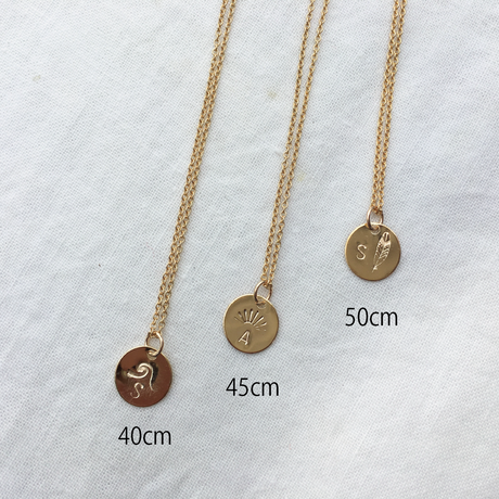 【BOXあり】Initial  Stamp Necklace by Risusu Lenis