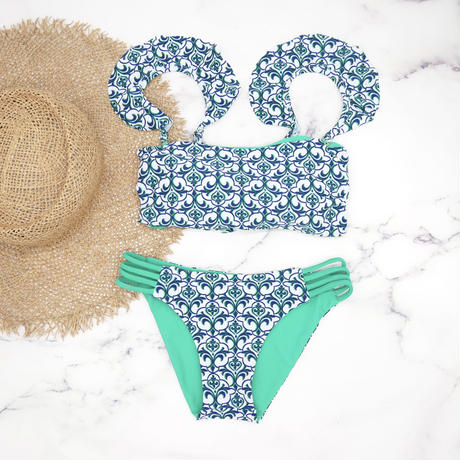 即納 Jointed frill reversible bandeau bikini Royal