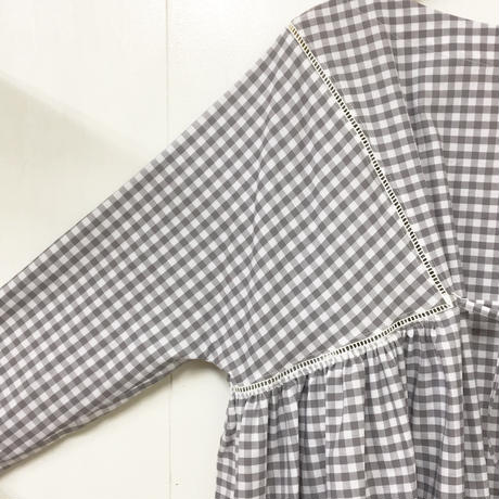 Boat Neck Dress / Gray × White