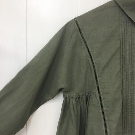 Pintuck Gathered Top / Khaki Green