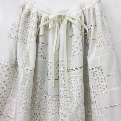 Patched Lace Skirt / Off White