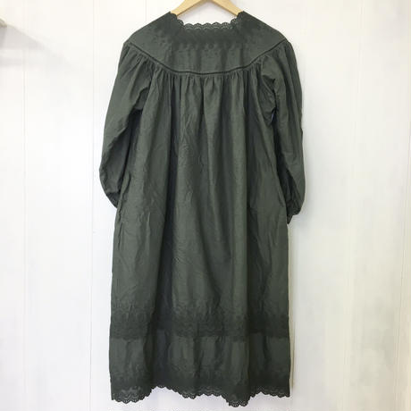 Square Neck Gathered Dress / Khaki Green