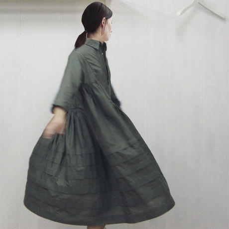 Pintuck Gathered Shirt Dress / Khaki Green