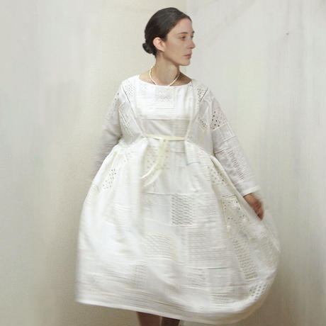 Patched Lace Dress / Off White