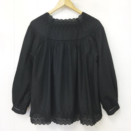 Square Neck Gathered Top  / 03-9208008