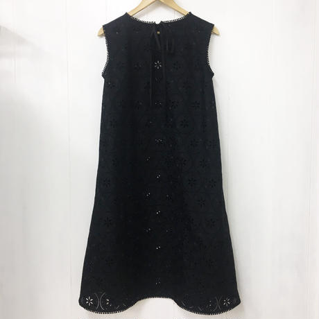 Allover Eyelet Dress / Black