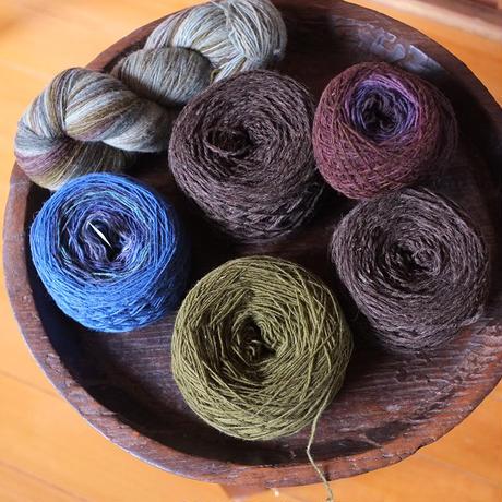 ラトビアの毛糸ーマルチカラー 50g