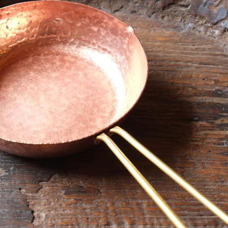 池田晴美 銅の鍋