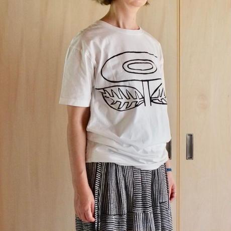 Bo TreeのバティックTシャツ