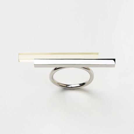UKR001  (ring)