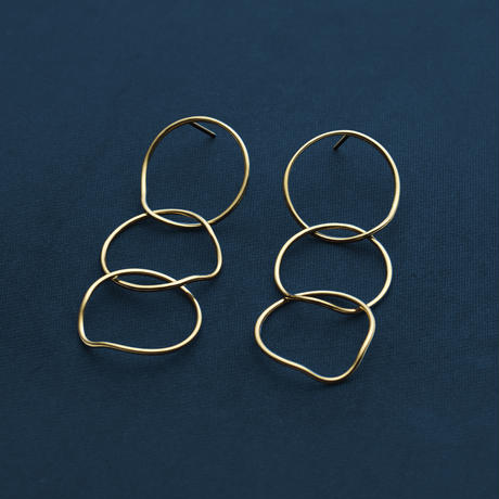 Suwa Earrings (Gold)
