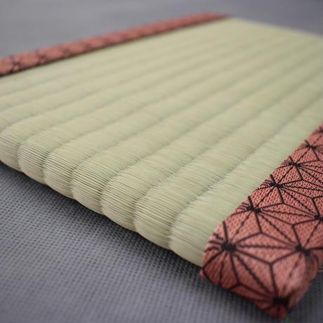 【限定!】薫るミニ畳 麻の葉模様もも 大人気アニメ仕様 い草ver