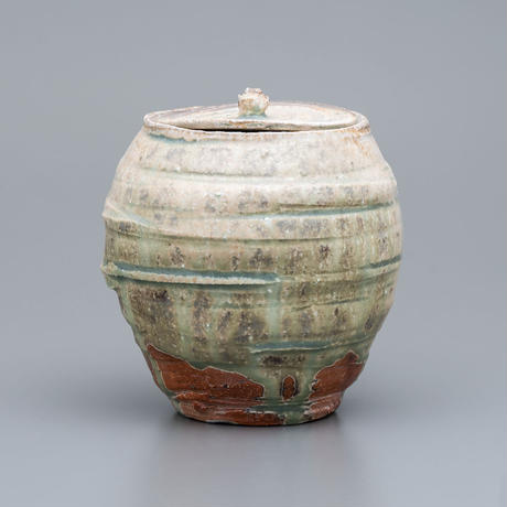 No.21:YOHEN Natural Ash Glaze  Water container「窯変灰被箆目水指」