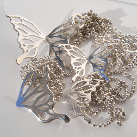 butterfly necklace | small