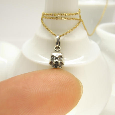 baby skull necklace | dia