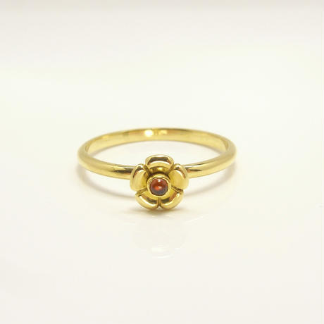 Garden flower Ring | type A | garnet