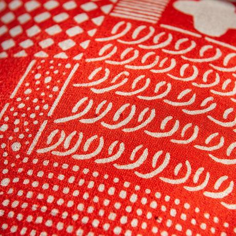 クッションカバー(クッション入り)|花布 赤(単色)