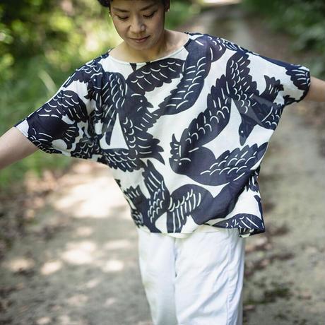 ドルマンシャツ|カラスの群れ|型染の服 2021 夏