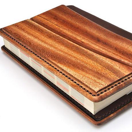 Book cover A/木と革がコラボしたブックカバー
